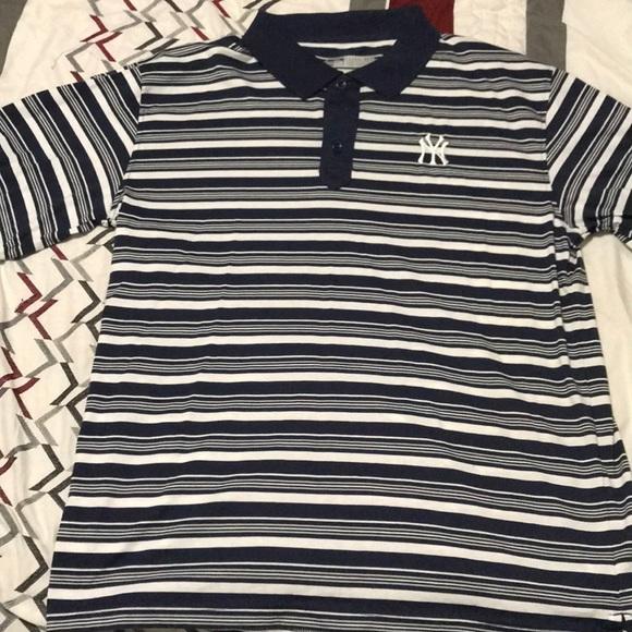 Brand new NY Yankees polo golf shirt. Men s size L 7c5120a8b35